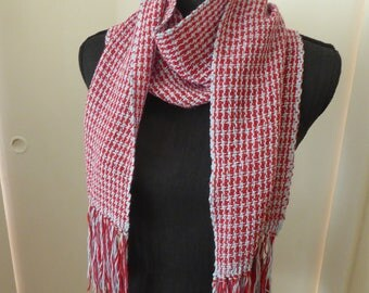 Pure new wool hand-woven scarf with houndstooth check pattern. Red and blue