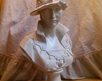 A beautiful Victorian lady bust.