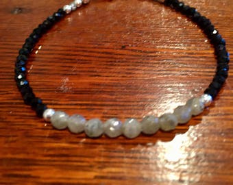 Labradorite and black spinel beaded 8 inch bracelet, minimalist