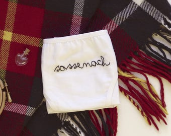 "Embroidered panties - Outlander ""sassenach"""
