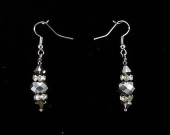 Holiday glamour earrings