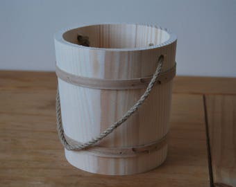 Wooden Bucket in Diameter 13 cm with Cord as a Handle