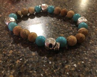 Mens Skull Turquoise and natural stone beaded bracelet