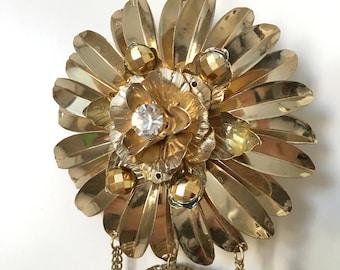 Metallic Flower Necklace
