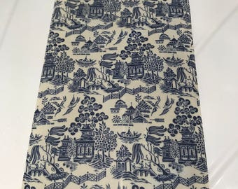 LARGE Reusable Cotton Beeswax Food Wrap Willow Pattern Chinese Blue White China 30cm x 30cm Plastic Free Eco friendly