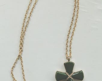 "Signed AVON 2.75"" Jade Lucite Green Double Sided Religious Cross Pendant Necklace 13"" Gold Chain"