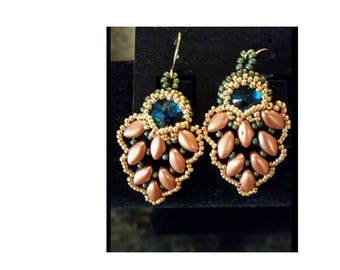 """Dark turquoise crystal accented lightweight """"leaf"""" earrings"""
