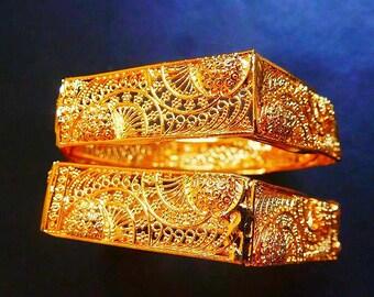 Sarii Gold Bangles