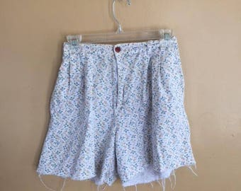 VINTAGE Skoozi Floral Shorts