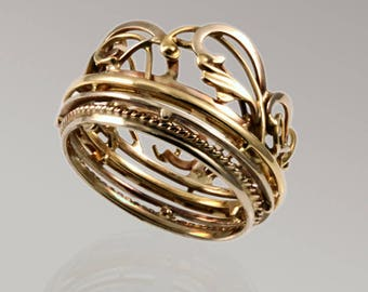 "Gold ring ""Crown"""