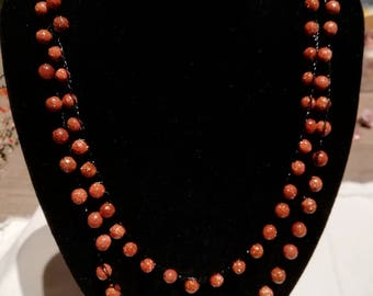 Necklace with stones of the sun