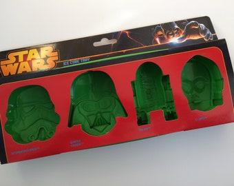 Star Wars Silicone Novelty Large Ice Cube Trays - choose Characters or Ships