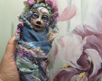 Calavera, Sugar Skull art doll, Dia de los Muertos, Kitchen Witch, Ooak art doll, Griselda Tello Original dolls