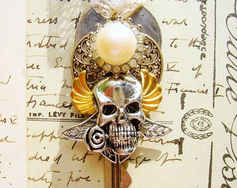 steampunk key necklace-FREE SHIPPING-skull key necklace-jeweled skull necklace-skull necklace-charm key-decorated key-ornate key