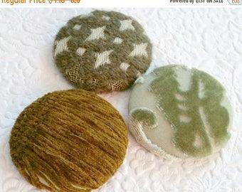 CLEARANCE - Fabric buttons, green buttons, velvet buttons, 1 7/8 inches, size 75 buttons, velvet buttons, shank buttons, ooak buttons