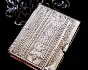 Book of Love - Vintage 6 Picture Locket Necklace