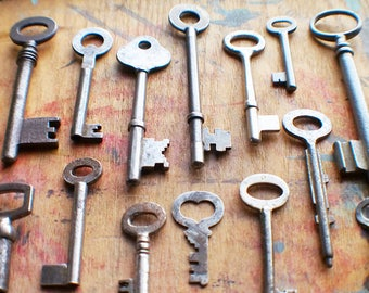 Rustic Antique Skeleton Key Lot / Wholesale / Instant Collection // Summer SALE - Save 15% - Coupon Code SUMMER15