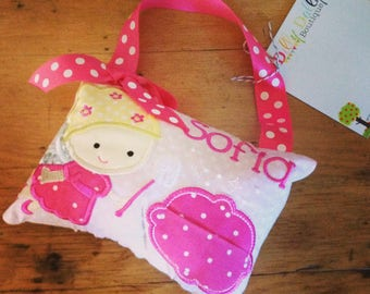 Girl's Tooth Fairy Pillow in Hot Pink and Pink, door or bedpost hanger, ToothFairy Pillow, Tooth Pillow