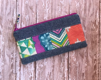 Pencil Case. Zipper Pouch. School supplies. Patchwork bag. Handmade bag.  Pencil pouch.   gift under 20. gifts for her .Purse Organizer.