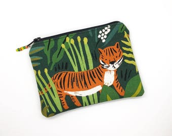 Animal Lovers Tigers Coin Purse Zipper Pouch Gift For Her Earbud Holder Credit Card Holder Small Zipper Case Business Card Holder Makeup Bag