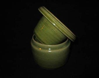 butter crock in line green, stoneware pottery, food and dishwasher safe