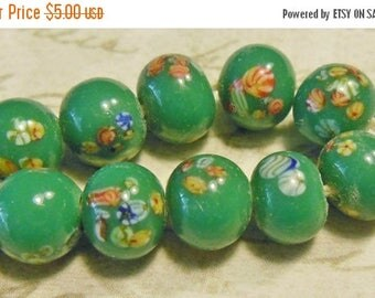 SALE 15% off Vintage beads (10) millefiori flowers Japanese glass lampwork green emerald handmade 8mm  (10)
