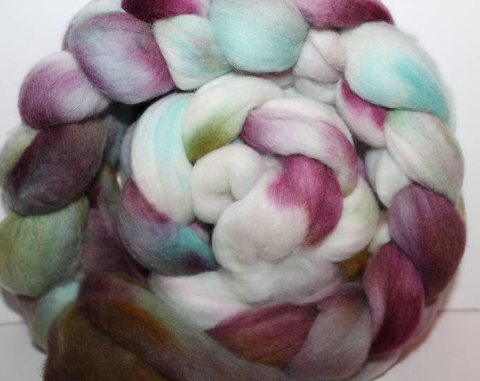 Kettle Dyed Merino Wool Top. Super fine. 19 micron  Soft and easy to spin. 4oz  Braid. Spin. Felt. Roving. M241