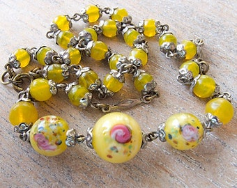 Vintage Antique Classic Czech 1920s to 30s Translucent and Satin Glass Flower Rainblow Splatter Lampwork Beads Necklace