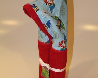 Paw Patrol red hooded towel