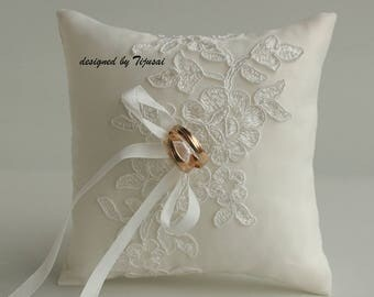 Ring pillow with embroidered lace-ring bearer, ring cushion, ready to ship