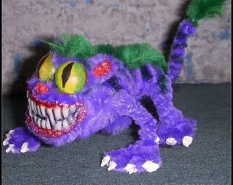 Cheshire Cat Pipe Cleaner Miniature