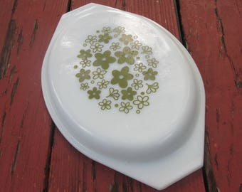 Vintage Pyrex Casserole Lid - Pyrex Crazy Daisy White with Olive - Replacement Lid 945-C18