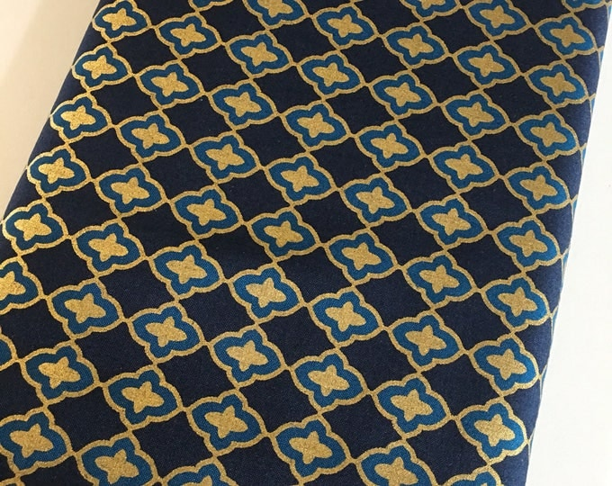 SALE fabric, Sewing fabric, Discount fabric, Fat Quarter, Quilt fabrics, Navy Gold fabric, Fabric Shoppe 7 dollars a Yard sale