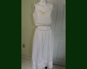 Vintage Eyelet Cotton Lace Crop Peasant Rockabilly Top and Slip Skirt