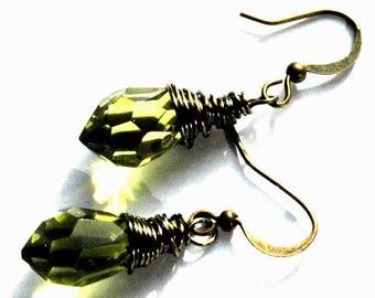 Green Wire Wrap Earrings / Green Rustic Brass Steampunk Earrings / Green Crystal Chandelier Earrings / Antiqued Brass Green Crystal Earrings