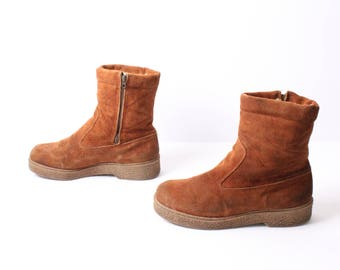 size 9 FLEECE brown suede leather 70s 80s SNOW WINTER zip up wedge ankle boots