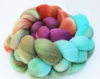 "BFL Wool Combed Top Gradient Ombre Spinning Fiber, 4 oz, ""Lilypad"" Aqua, Olive Green, Orange, and Magenta"