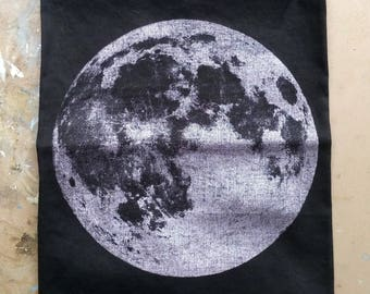 Full Moon Bandana - silvery pink metallic on black