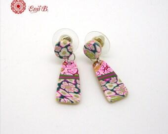 Boucles d'oreilles fleuries, rose blanc turquoise, clous, puces, pendantes, acier inox et polymère