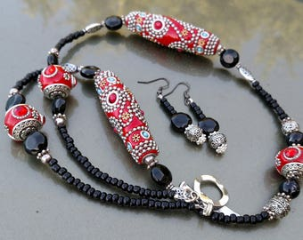 Tribal style red and black necklace