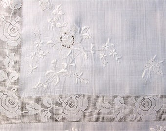 Vintage Tablecloth Whitework Tea Cloth Hand Embroidered Antique White Work Bridge Cloth Rice Linen and Filet Lace Vintage Linens