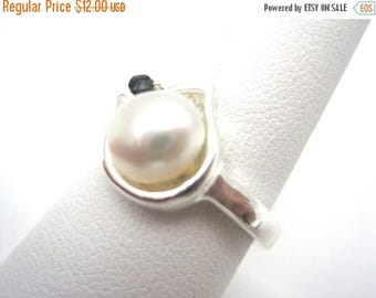 OnSale Pearl Ring - Costume Jewelry