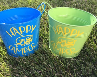 Happy Camper Pail / Happy Camper Bucket / Camp Gift / Party Favor / Birthday Gift / Metal Painted Pail / Personalized Pail / mad4plaid