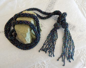 Seed Bead Tasseled Lariat - Flapper Style - Beaded Necklace - Vintage Jewelry