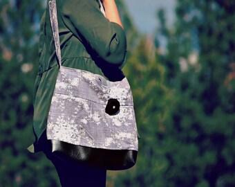 CUSTOM LISTING Conceal Carry Purse, Medium Messenger Bag, Grey Flower, Conceal Carry Handbag, Concealed Carry Purse, Conceal and Carry