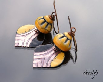 Dual - glazed ceramic and copper earrings - etching the - saffron yellow - bo gaelys