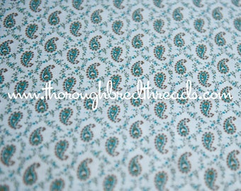 Little Blue Paisley - New Old Stock Vintage Fabric 36 in wide Daisies