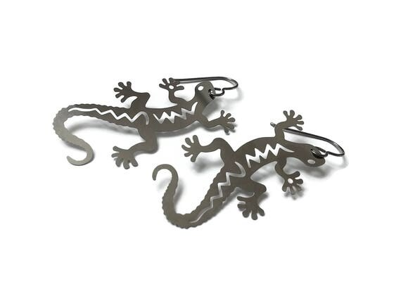 Silver Gecko dangle earrings - Pure titanium and stainless steel