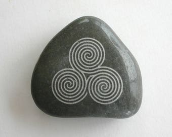 Newgrange Spiral Etched Black Stone New Grange Triple Spiral Labyrinth Rock