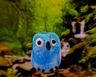 Gina........ lampwork owl bead............ sra